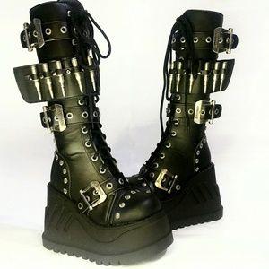 Demonia Stomp badass platform boots